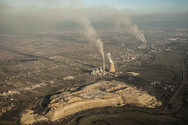 KEK's power plants produce the majority of Kosovo's fine dust emissions. Prishtina is particularly vulnerable due to its proximity to them. Photo: Atdhe Mulla