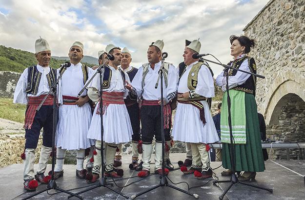 Performanca e Jonianëve ishte pika më interesante e javës në skenën e re në Kalanë e Prizrenit.