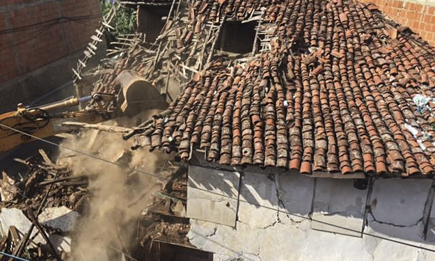 Questions have been raised about the government's efforts to protect cultural heritage in Kosovo. In August, a 19th century residential house and adjoining guesthouse were demolished, despite being in the Historical Center of Prizren.
