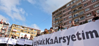 majlinda-hoxha-protesta-kundraj-dhunes-nuk-ka-arsyetim-17-10-2016-12