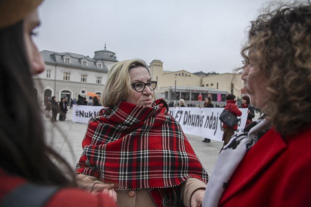 majlinda-hoxha-16days-against-gender-based-violence-safete-11-2016