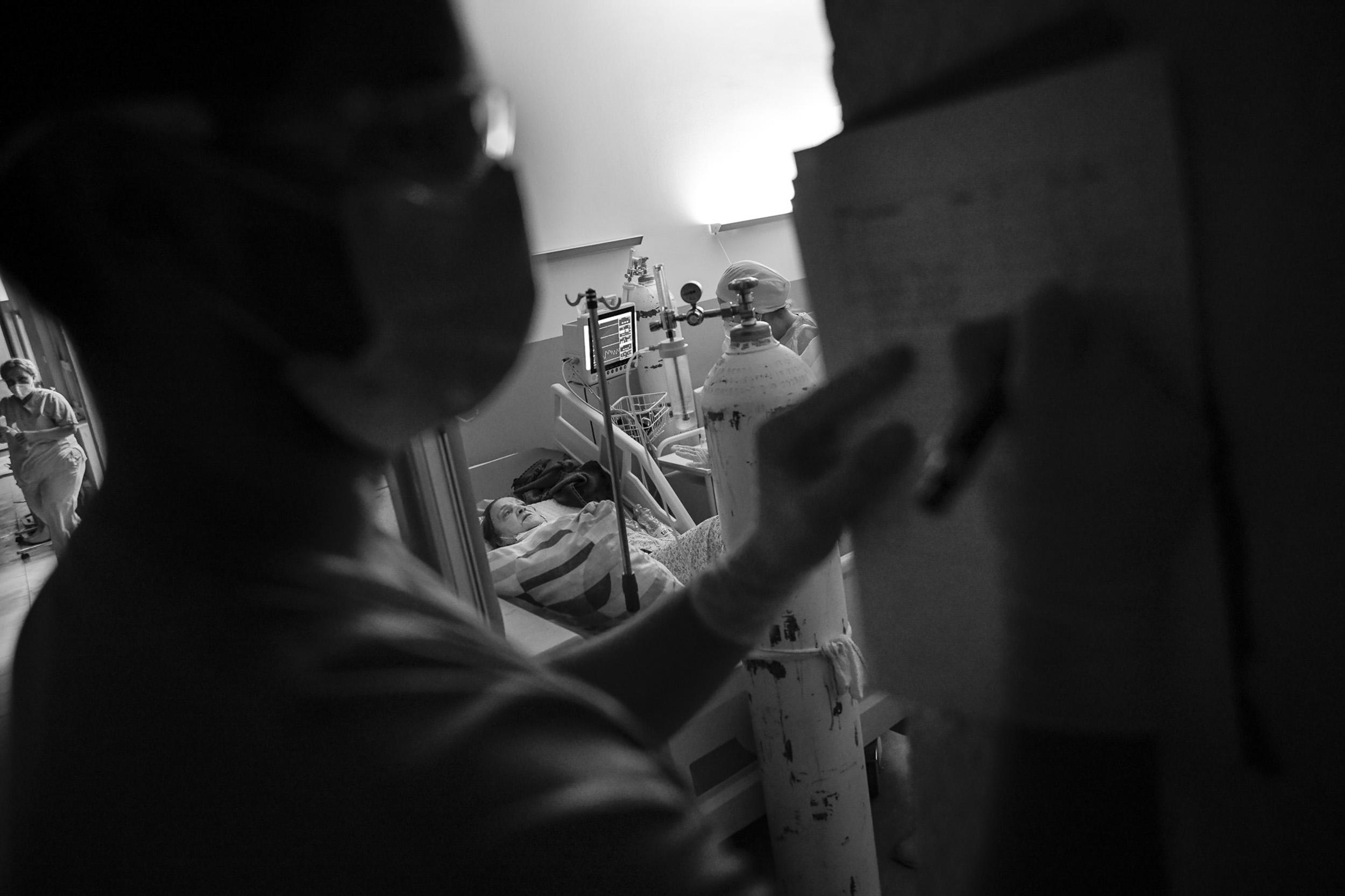 Medicinske sestre podešavaju nivo propisane analgezije u skladu s uputama ljekara/ki.